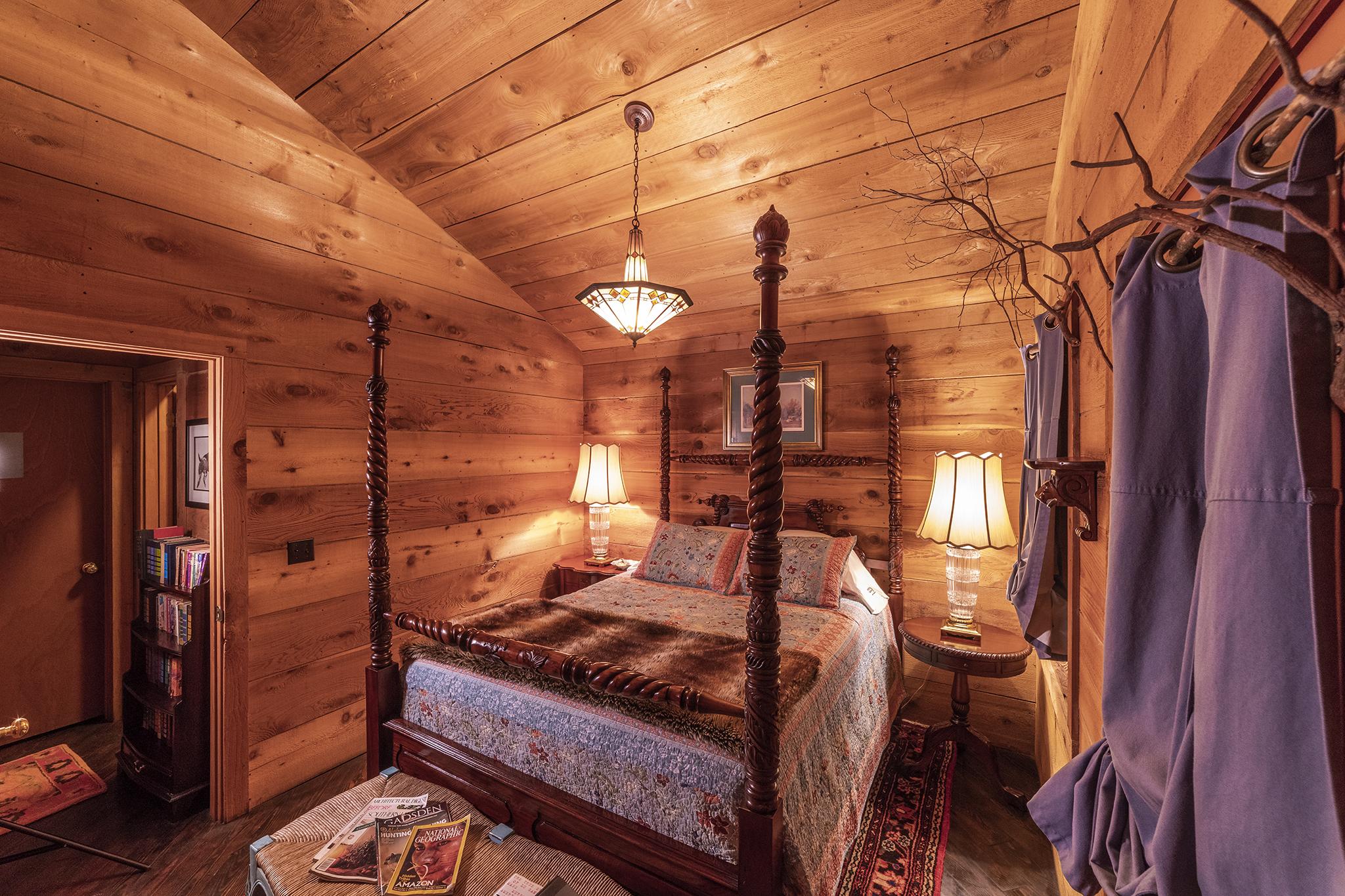 DC bedroom 4971.jpg