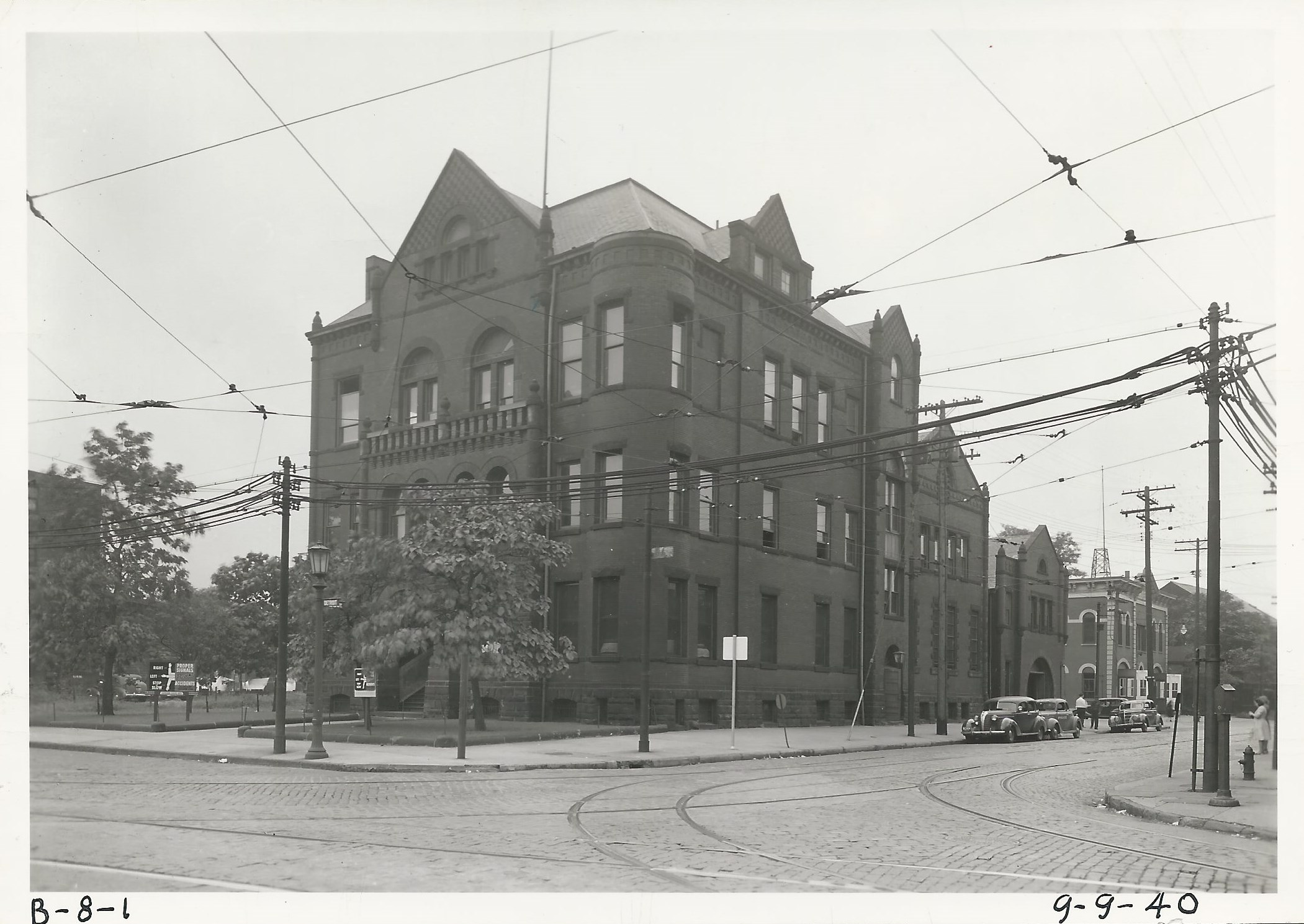 8th Precinct - Detroit and West 29th Street (2).jpg