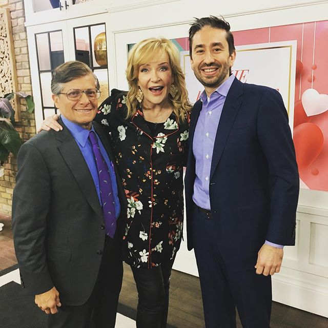 Hey Canada, catch @drmikerealage and @drcrupain on March 6 on @themarilyndenisshow talking about #whattoeatwhen you can sleep, getting through daylight savings time and other issues. #whenway