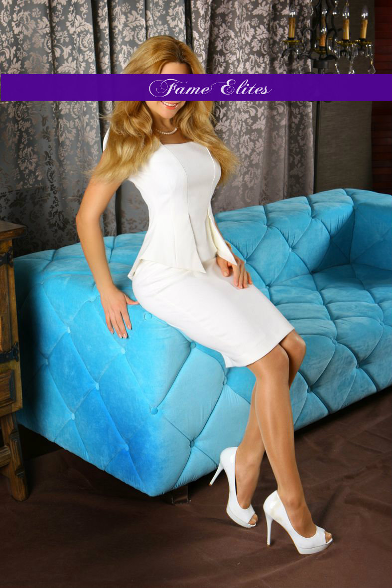 juliana-VIP-escort-companion5.jpg