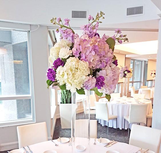 montreal wedding flowers hotel le crystal.jpg