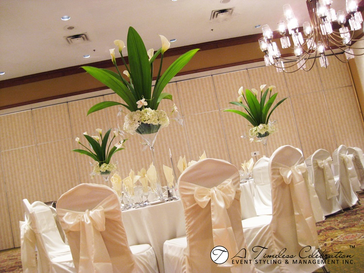 montreal wedding rentals holiday inn pointe-claire.JPG