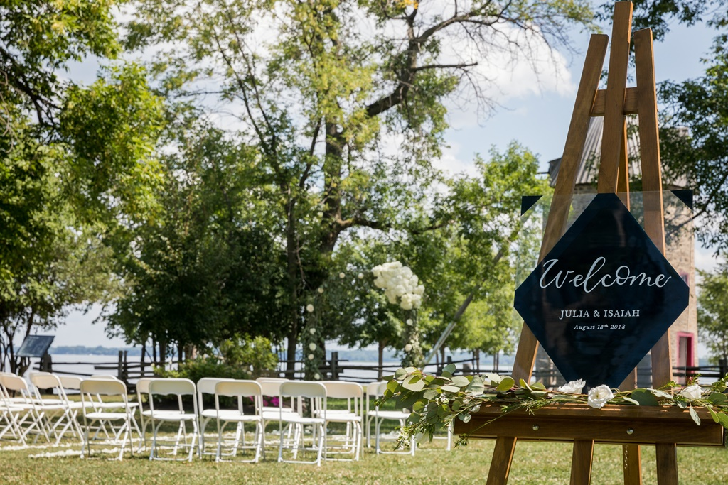 Natural Outdoor Wedding Ceremony Rental Pointe-du-Moulin - Ile Perrot