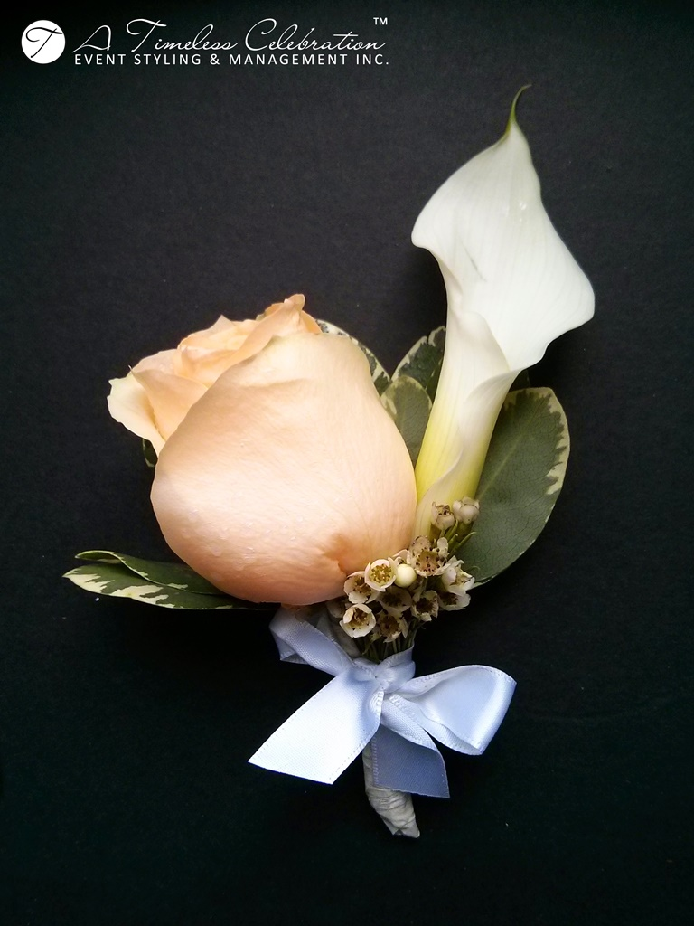 modern chic wedding ceremony peach white flower boutonniere le challenger montreal