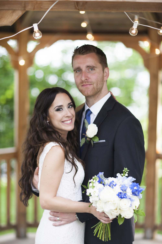 blue white rustic summer woodsy wedding ceremony reception flowers L'Oasis De L'ile montreal bride groom bouquet