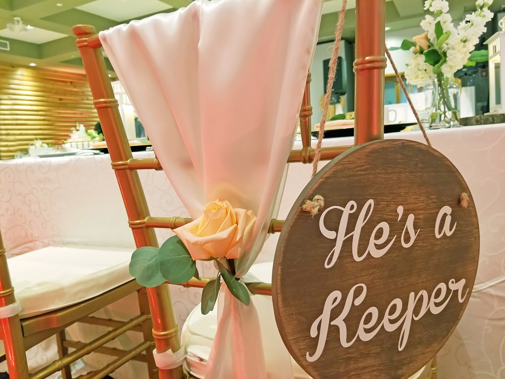 Montreal Wedding Reception Rustic Flower Details Decorations Rentals Hotel Spa Mont Gabriel