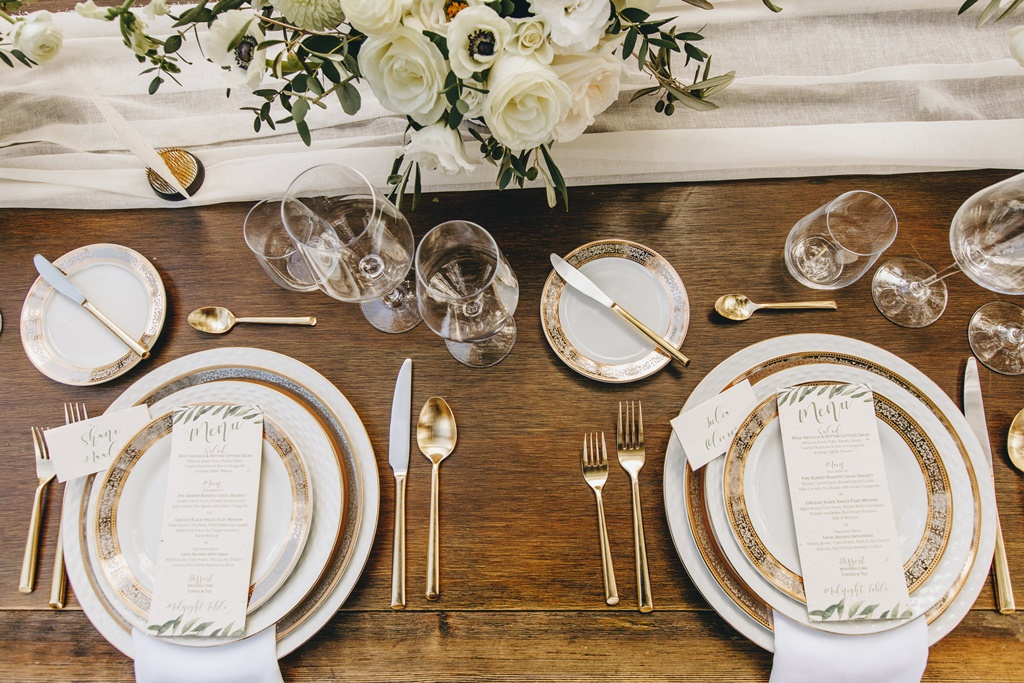 Montreal Outdoor Wedding Garden Style Organic Natural Table Setting w/ Gold Accents | Montreal A Timeless Celebration