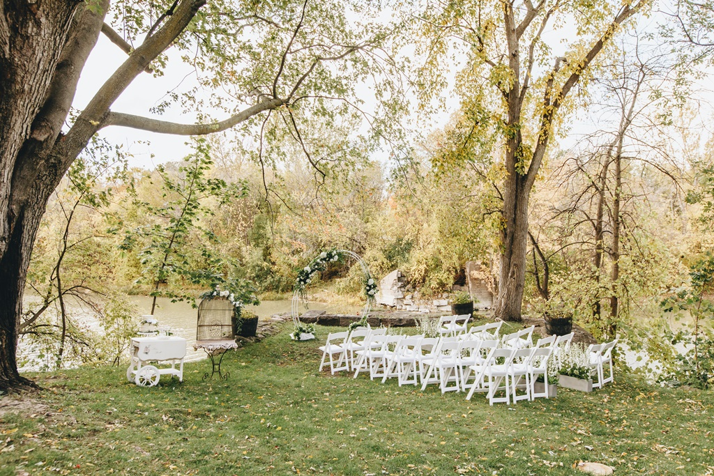 Montreal Outdoor Wedding Garden Style Organic Natural | Montreal A Timeless Celebration