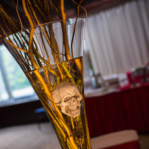 unique one-of-a-kind skull & chucky montreal hotel wedding at sheraton dorval.JPG