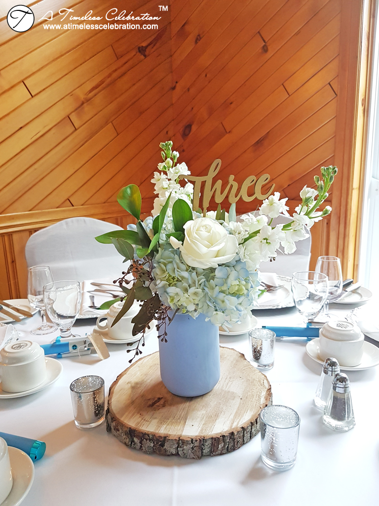 L'Oasis De L'ile Montreal Wedding Florist Flower Blue Centerpieces 20170701_092034.jpg