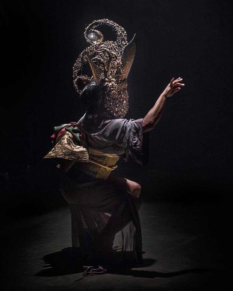 perle noire asian goddess.jpg