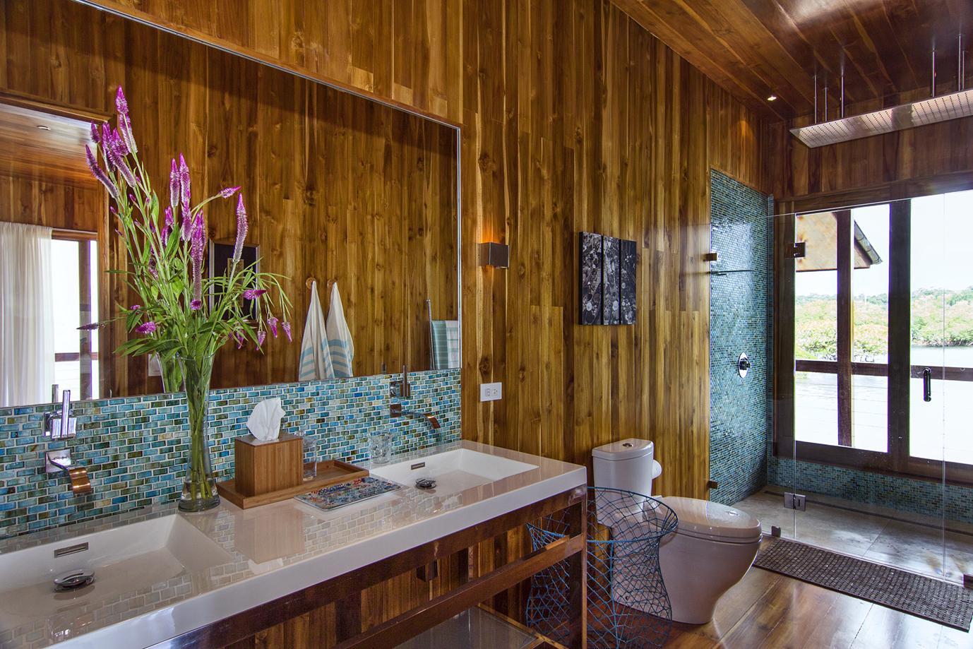 52-Bocas suite- bathroom - c.jpg