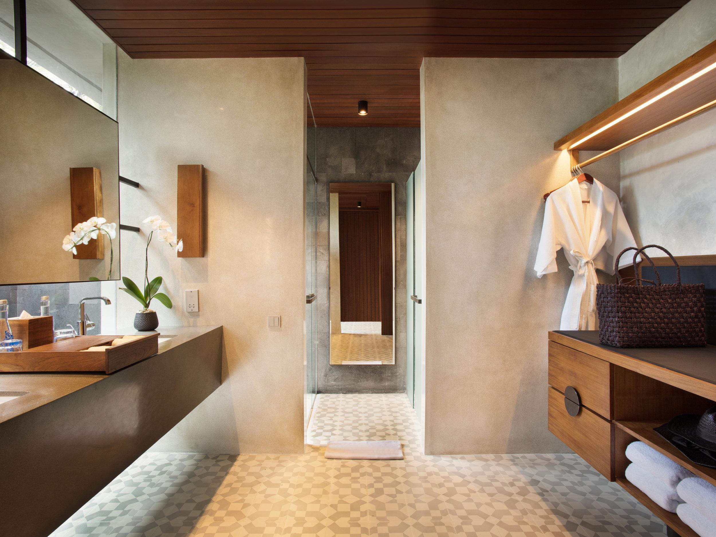 Alila Ubud - Accommodation - New Terrace Tree Villa - Bathroom1.jpg