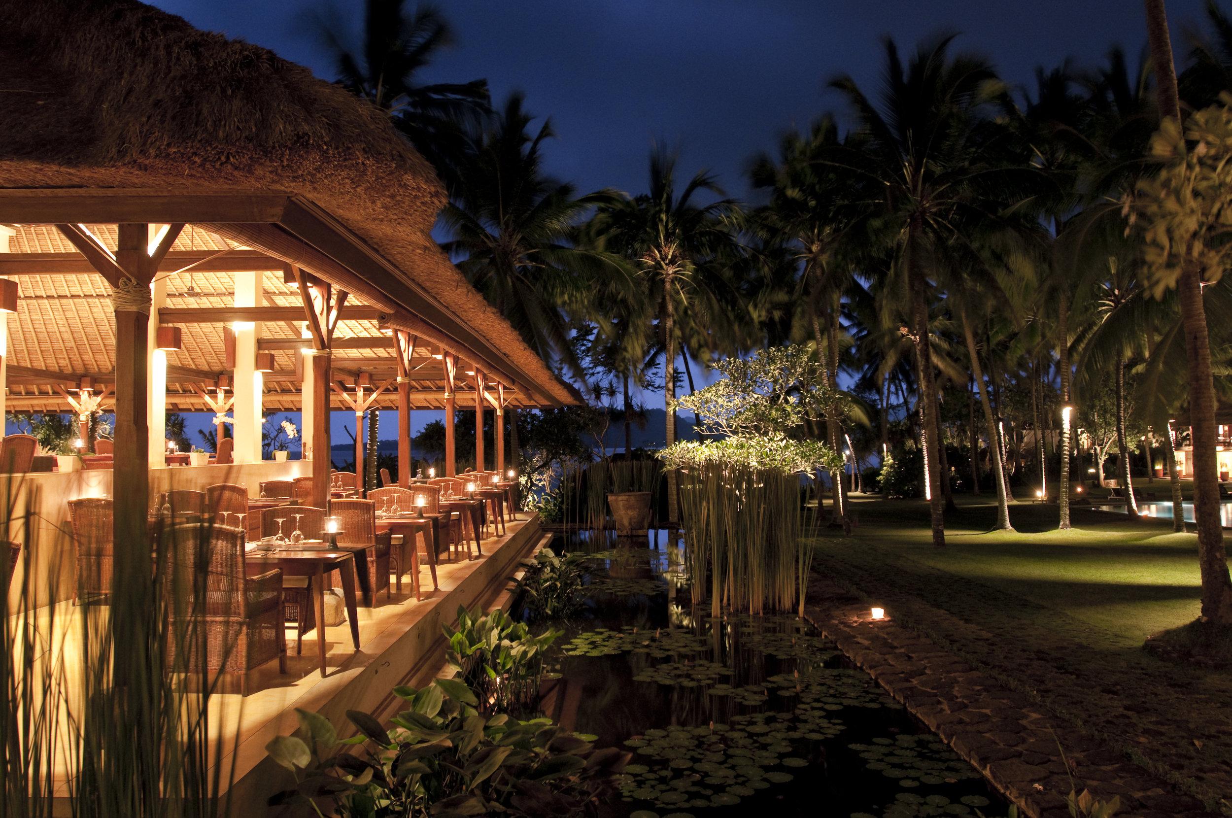 Alila Manggis - Restaurant - Seasalt Exterior.jpg