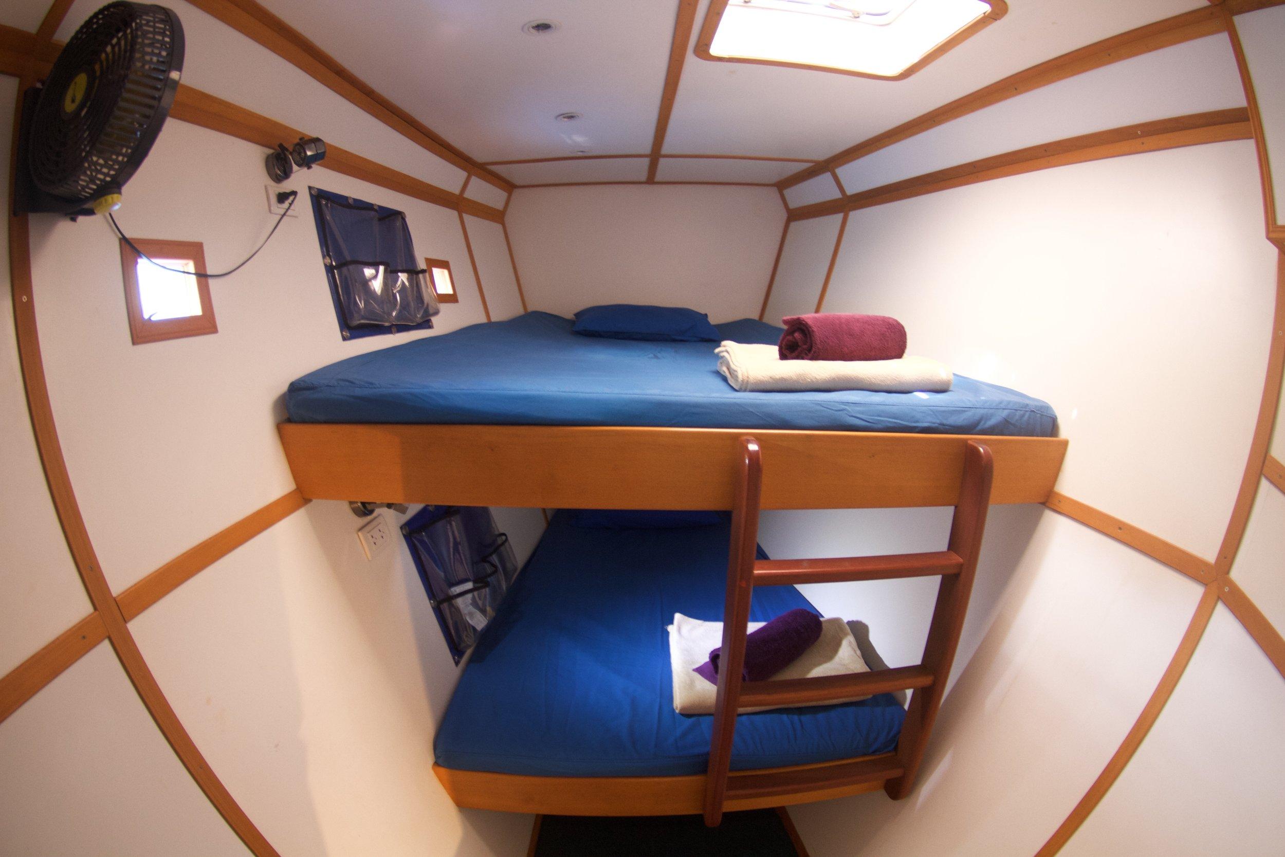 cabins2.JPG