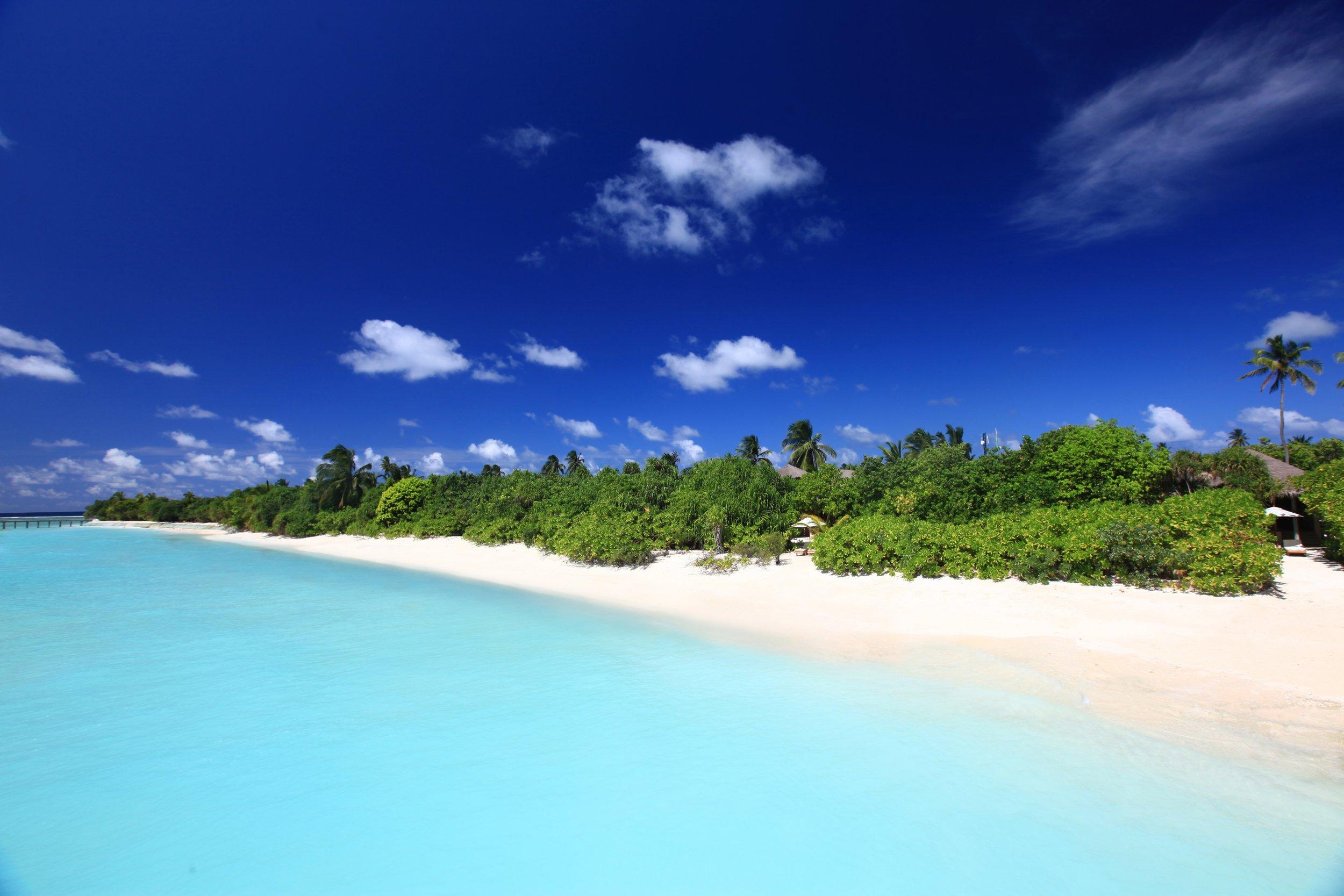 Beach_Villa_Aerial2_[7416-A4].jpg