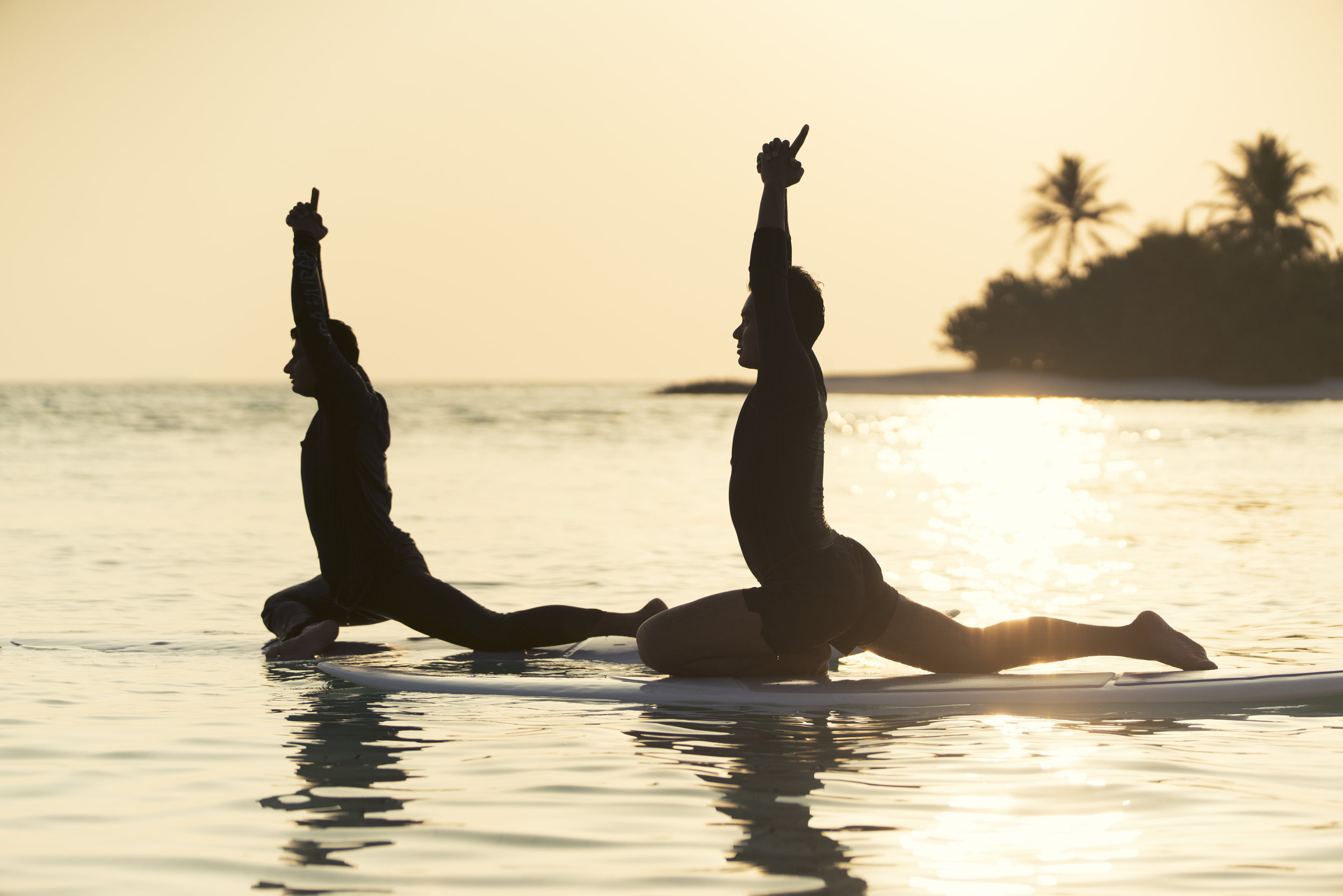 Stand-up Paddle Yoga (1).jpg