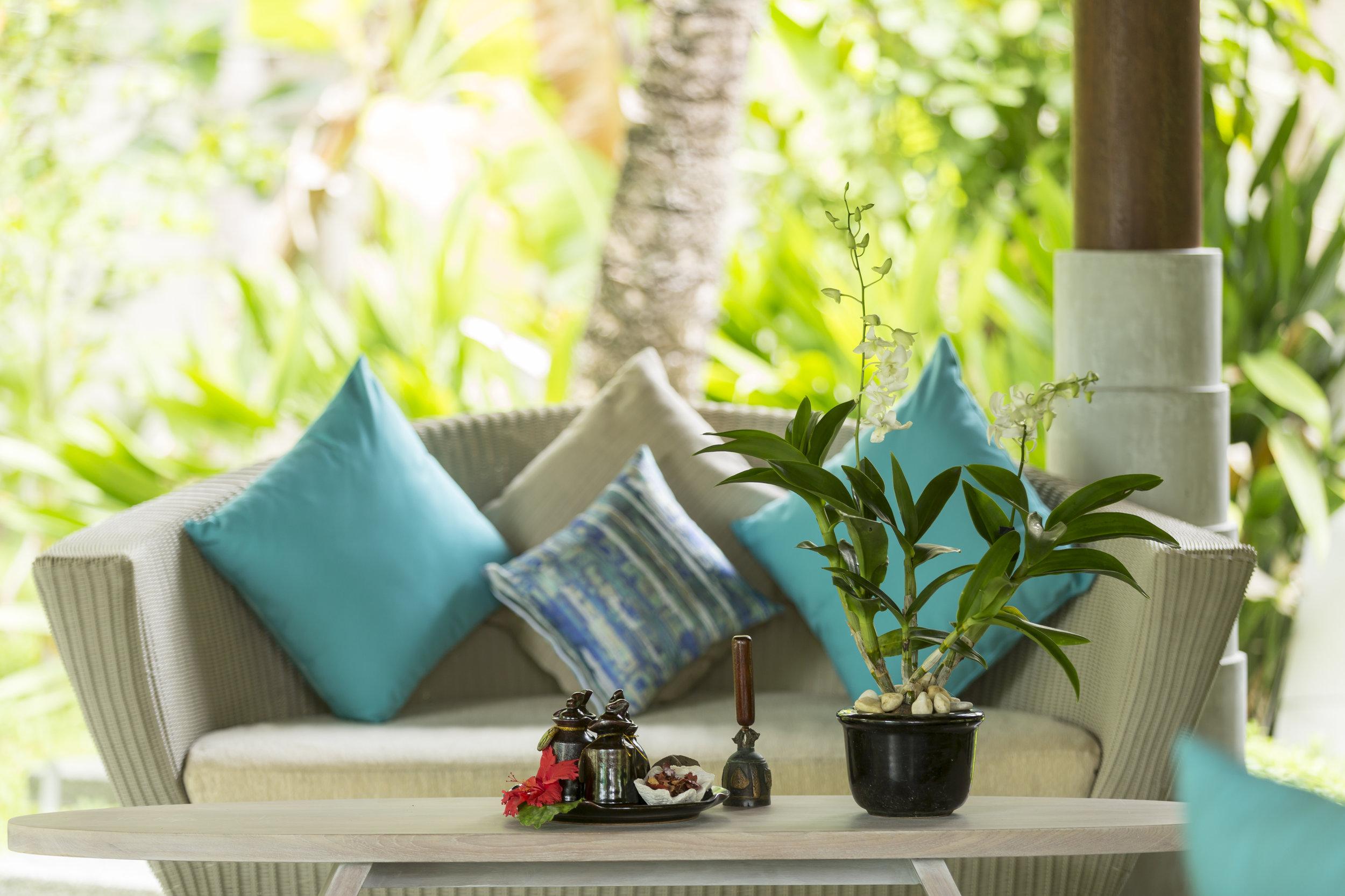 Ananatara_Veli_Balance_Wellness_Entrance_Detail_Couch.jpg