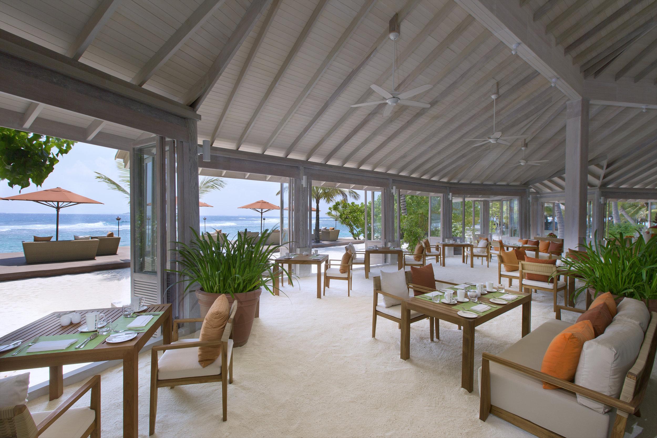 Anantara Veli Resort & Spa_ 73 Degrees restuarant for breakfast and evening buffet.jpg
