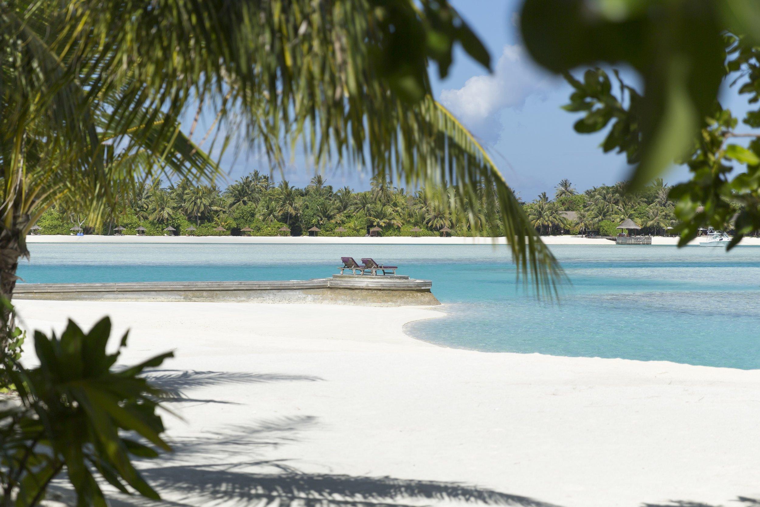 Naladhu_Private_Island_Beach_Wavebreakers.jpg