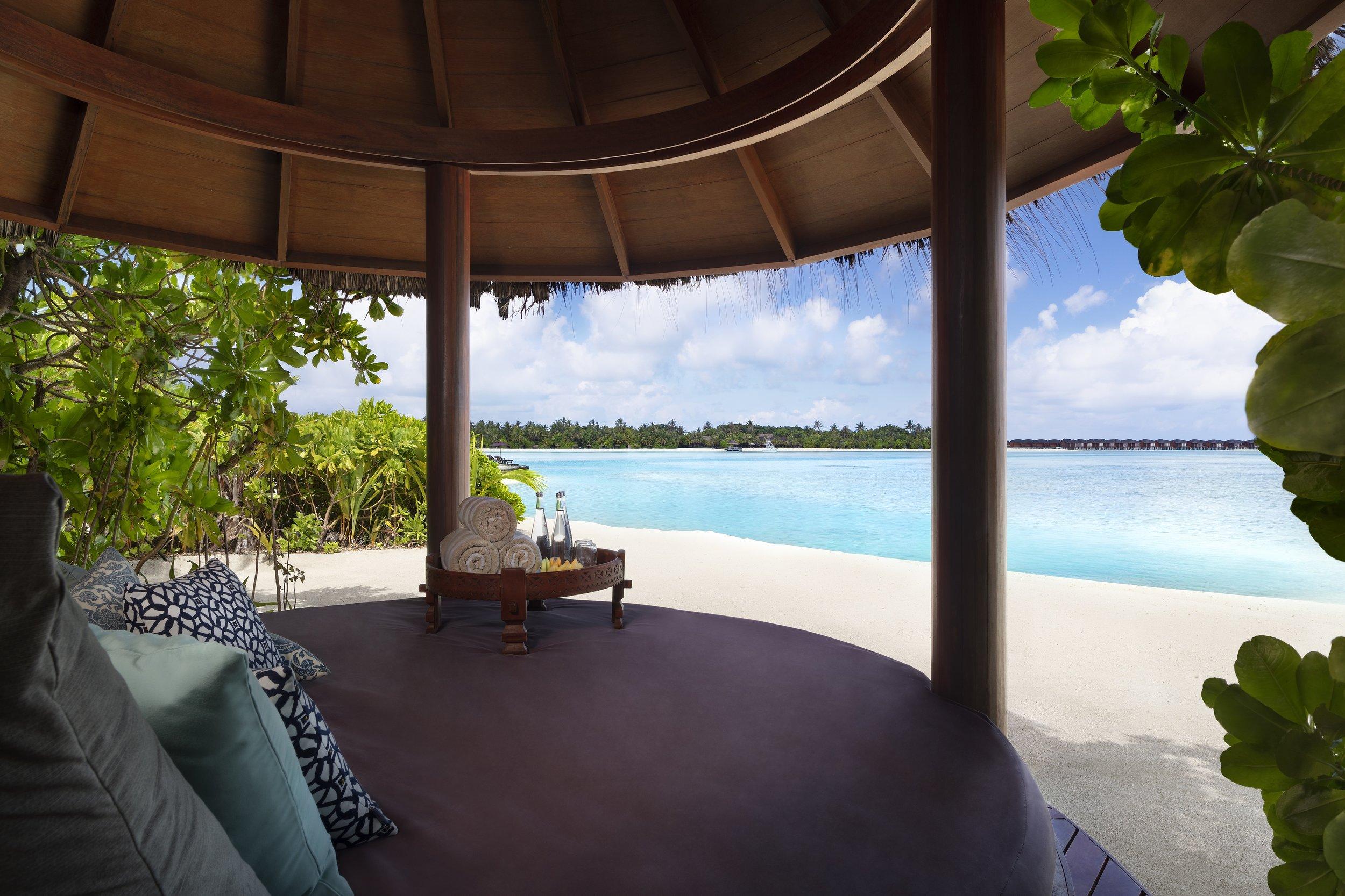 Naladhu_Private_Island_Residence_Cabana.jpg