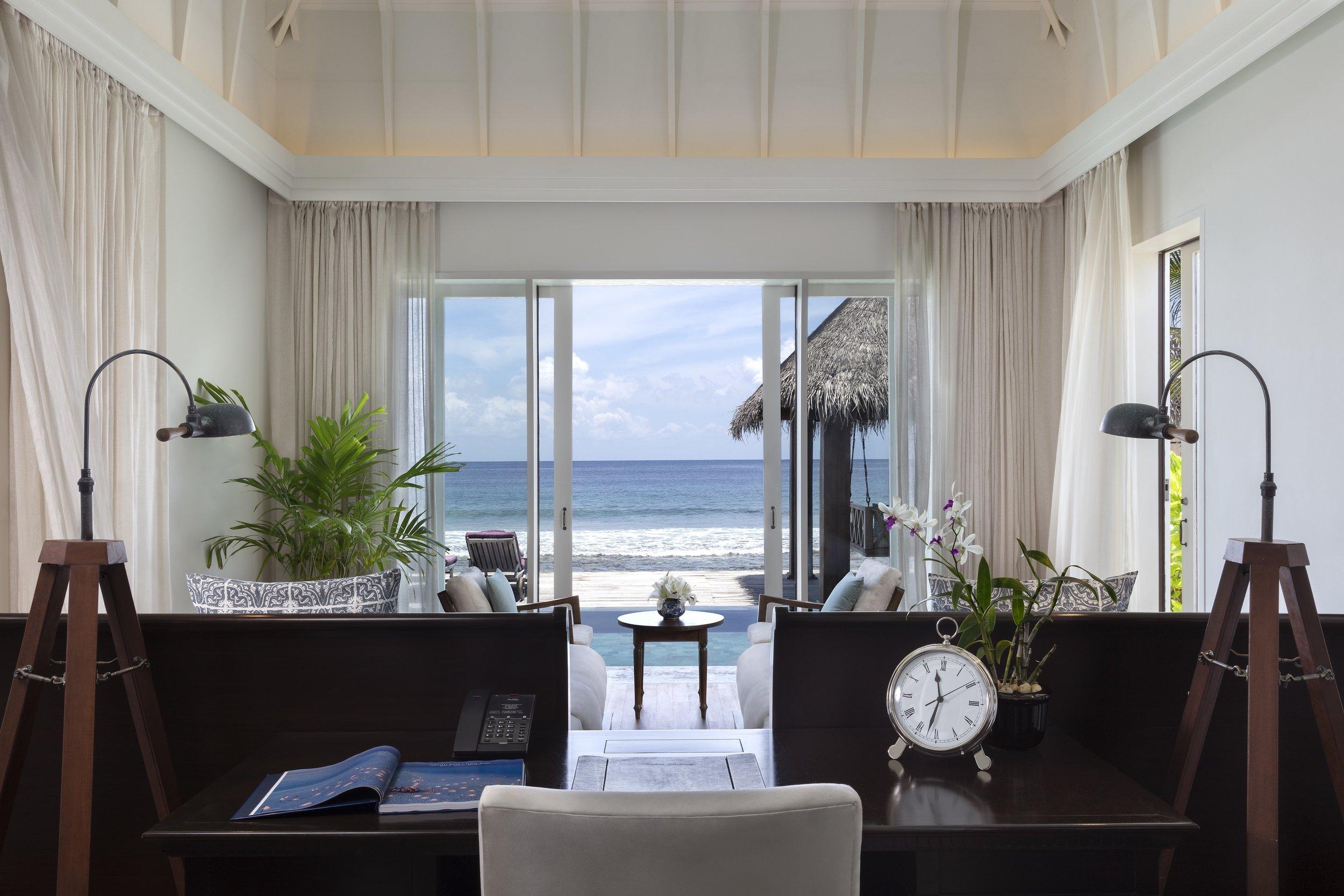 Naladhu_Private_Island_Residence_Twin_Bedroom.jpg