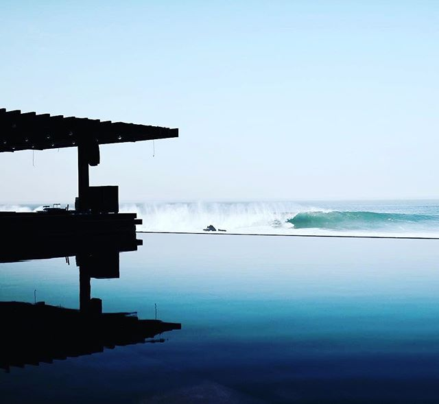 Summer is Coming!!! Monuments @thecapehotel firing! 🇲🇽 . . . #loscabos #cabosummer #surftrip #luxurysurfing #familytravel #luxurytravel #touroperator @shadesofseaexpeditions