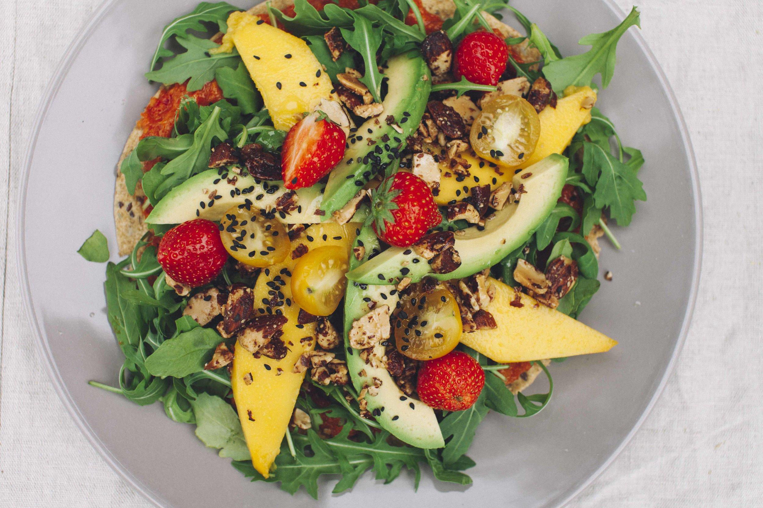 Light Bag - - Breakfast- Deatox Juice- Soup- Light Salad- Snack