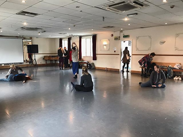 Beautiful group of 14 dancers moving into Monday with our hearts thanks to @laura_dannequin Another class with Laura next Monday at @bristoltrinity hope to see you there! #gatherup #morningclass
