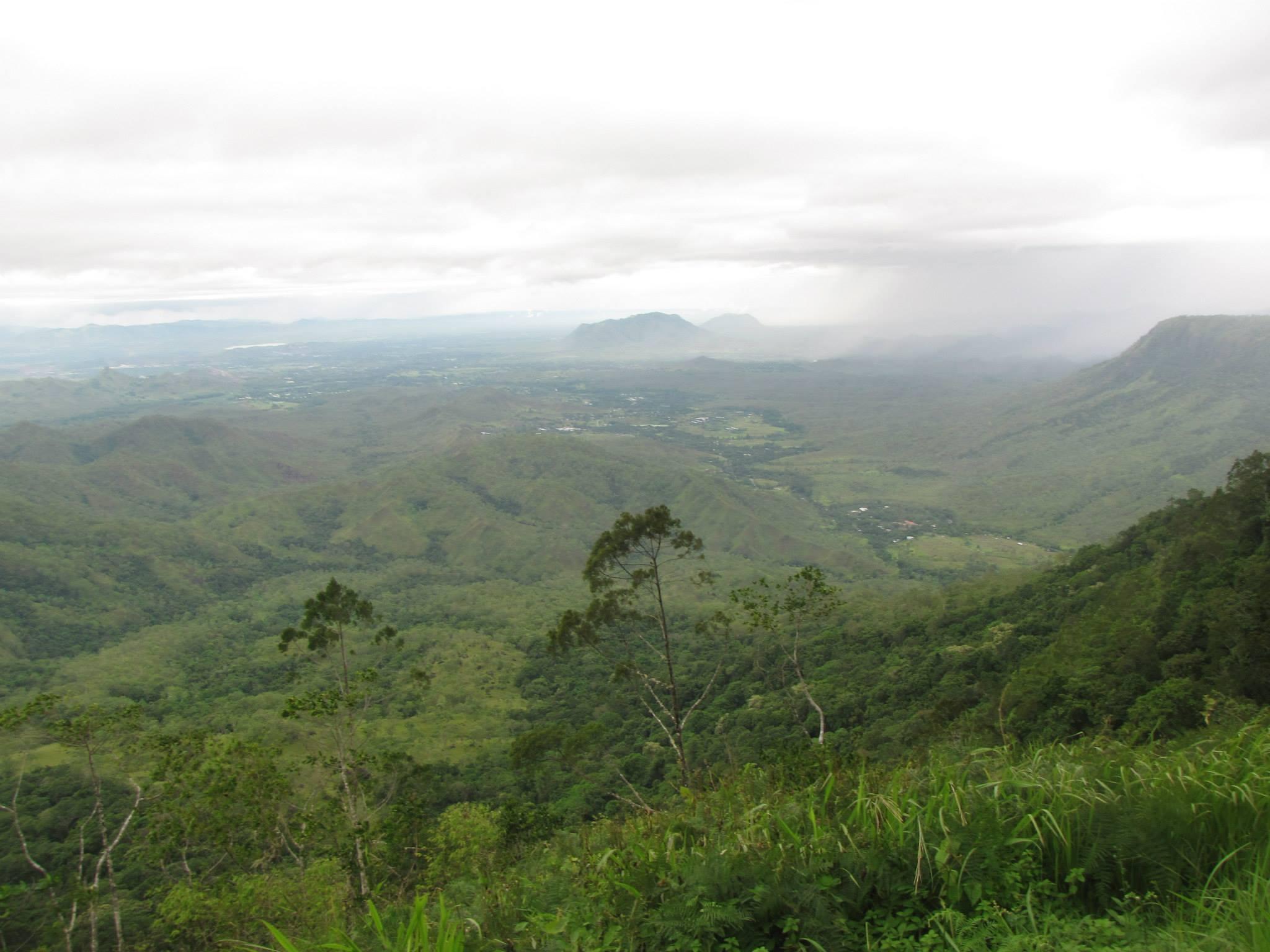 Varirata mountain view inPNG.jpg