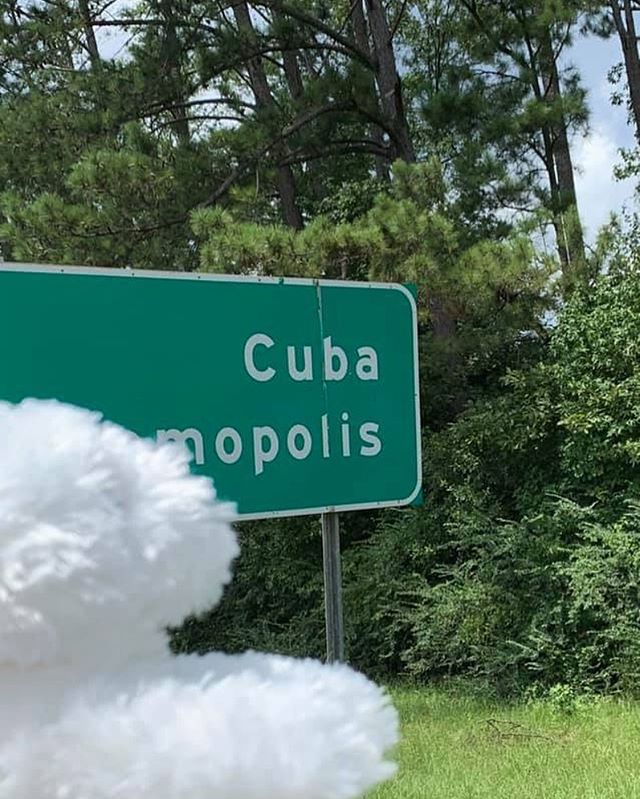 Hmmm...exactly how far south DID we drive?! 🇨🇺? 😆 #pearlsroadtrip