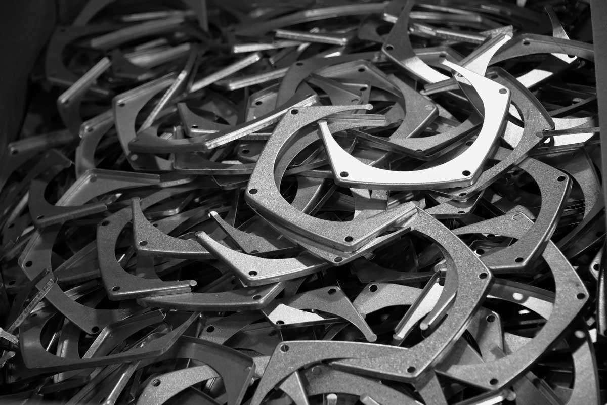 Metal-Stamping-Brackets-web.jpg