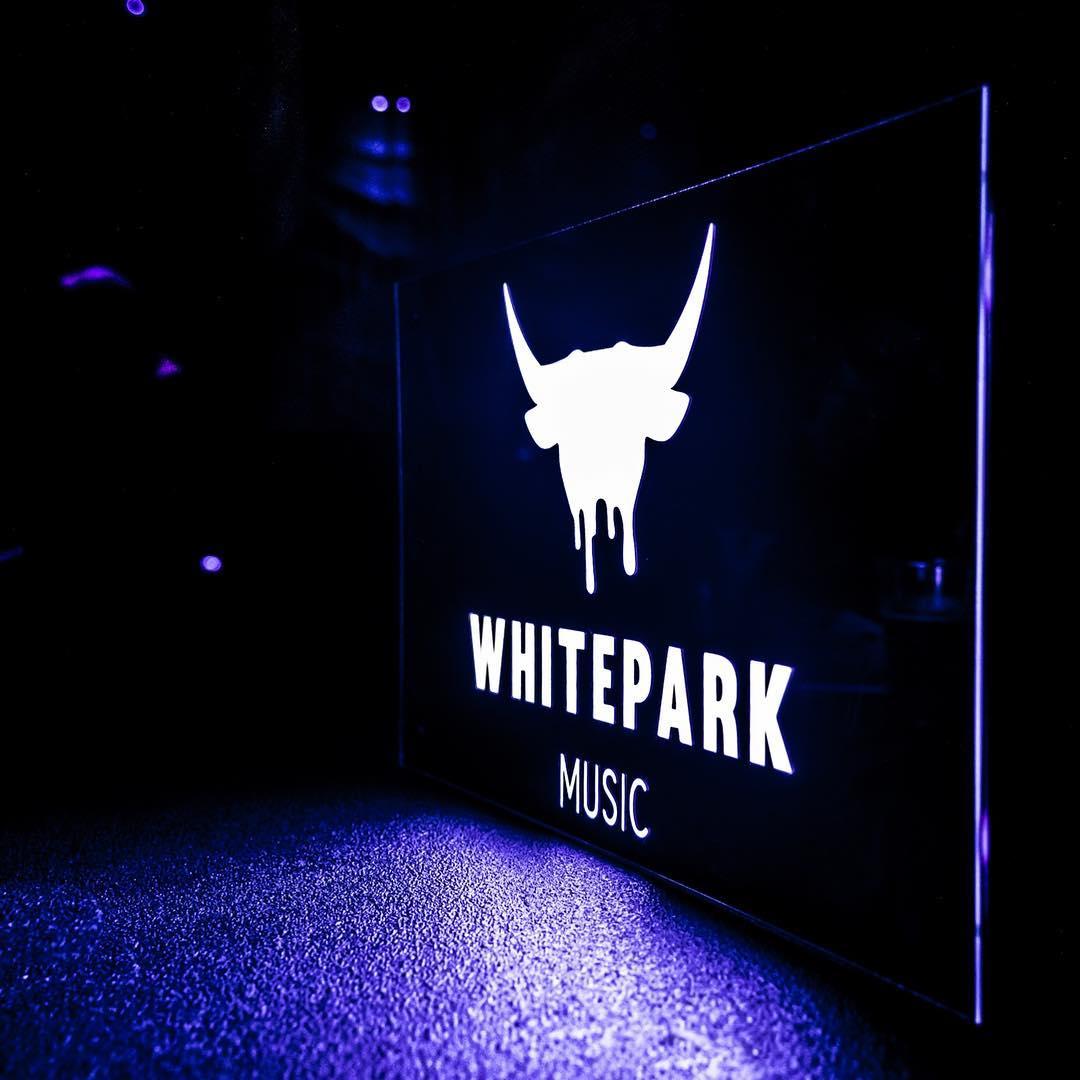 Whitepark_Lightbox_Square.jpg