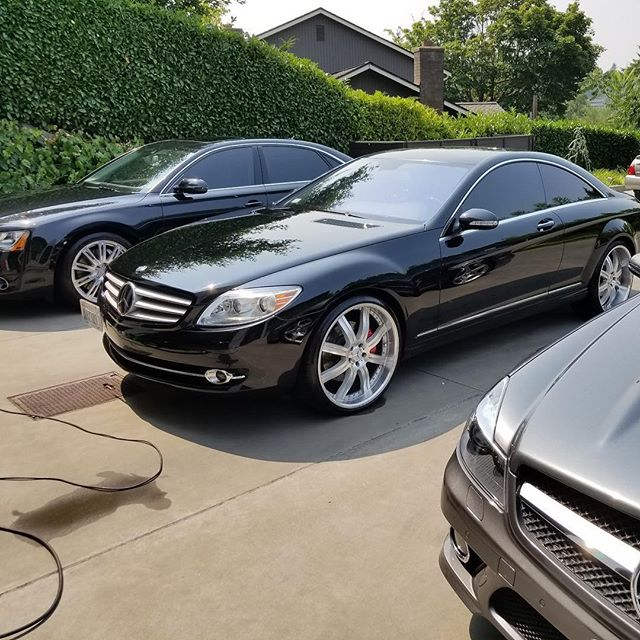 All of our exterior detail packages include a protective coat of wax applied and buffed by hand. Our top of the line wax ensures that your paint will be protected from any contaminants and can help cover small scratches or light blemishes!  Be sure to protect your paint before that sunshine hits it!! 🌞 https://www.bigsmobile.com