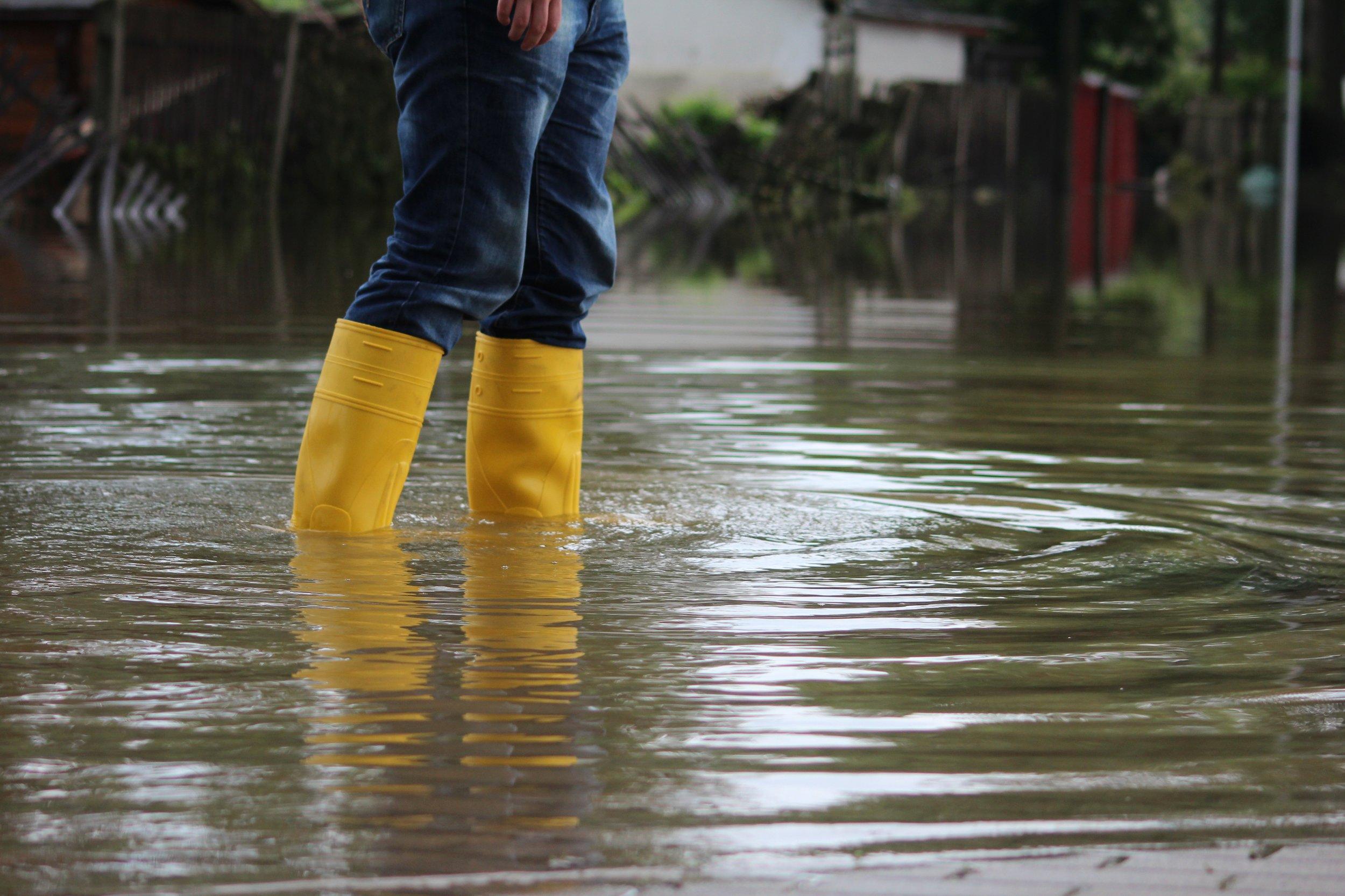 WATER & FLOOD