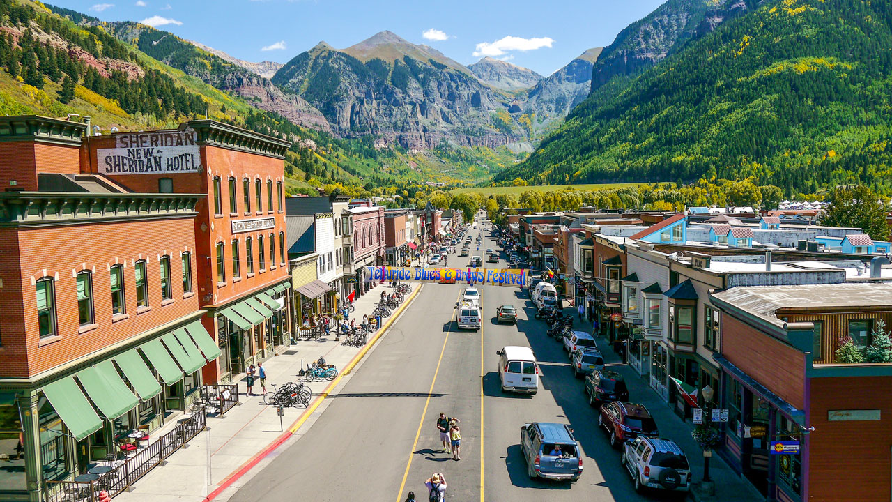 <p><strong> Philanthropy </strong> Telluride Blues Gives Back And You Can Get Involved  <a href=/philanthropy>More →</a></p>