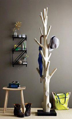 fabriquer-un-porte-manteau-arbre-pour-le-hall-dentree-250x410.jpg