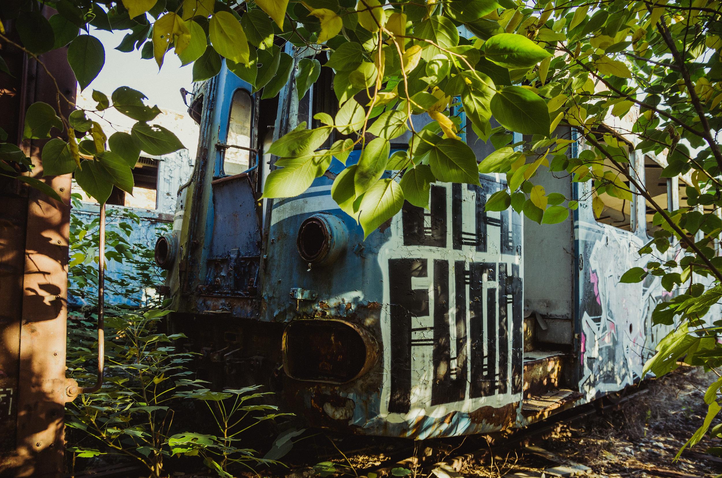 Train Cemetery in Thessaloniki Greece (20).jpg