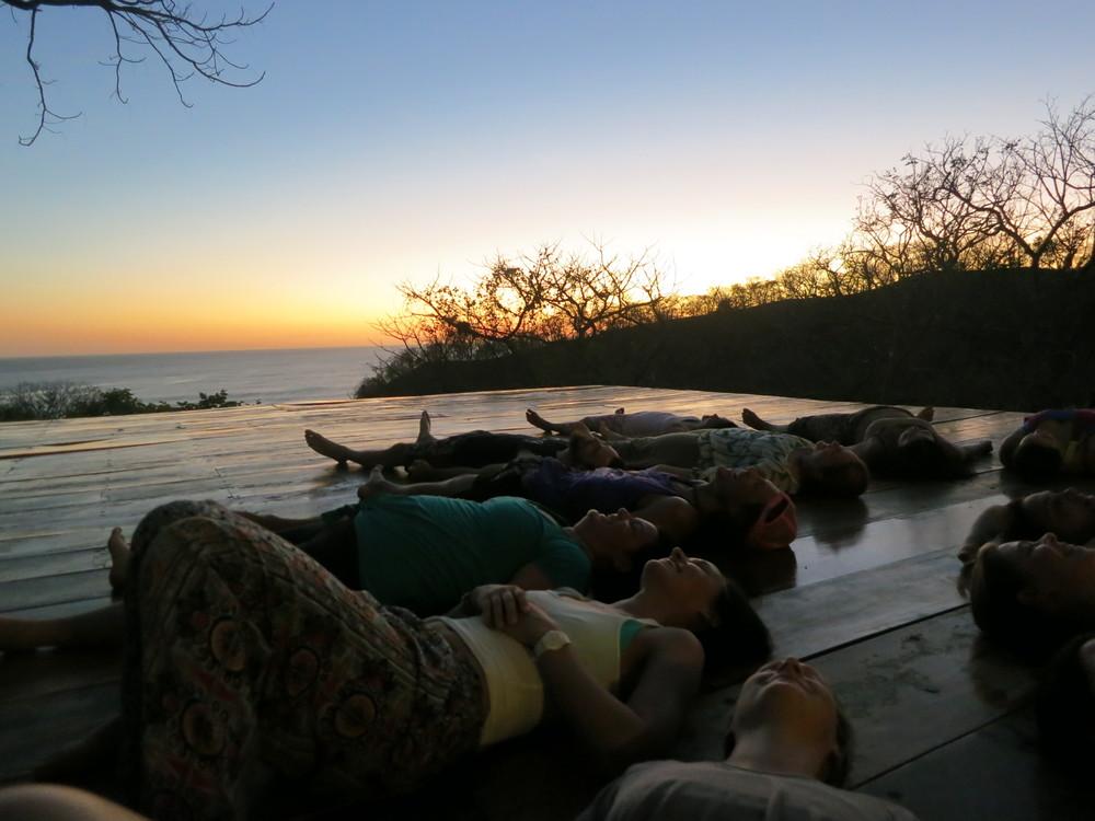 Buena Vista Surf Club - Yoga   Surf   Chill