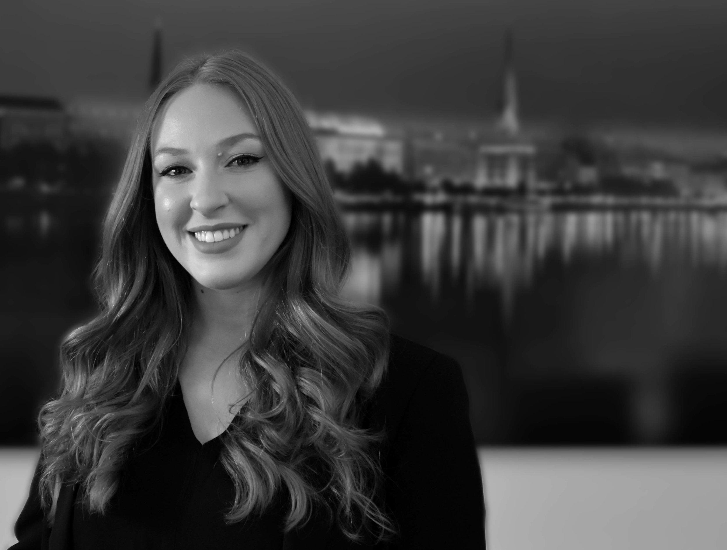 Tori Meyer - HR Generalisttmeyer@petercremerna.com