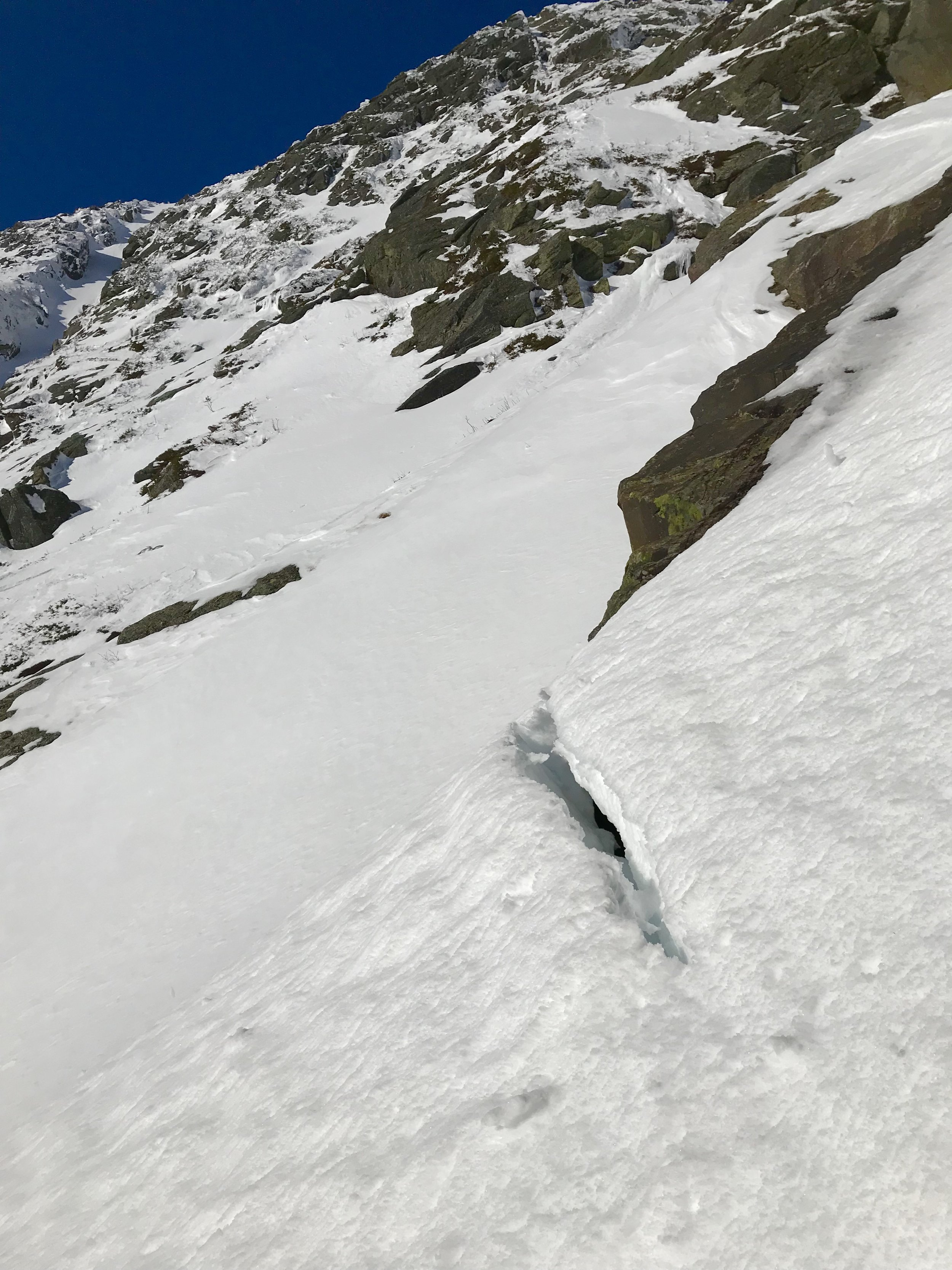 Glide Cracks in Huntington Ravine