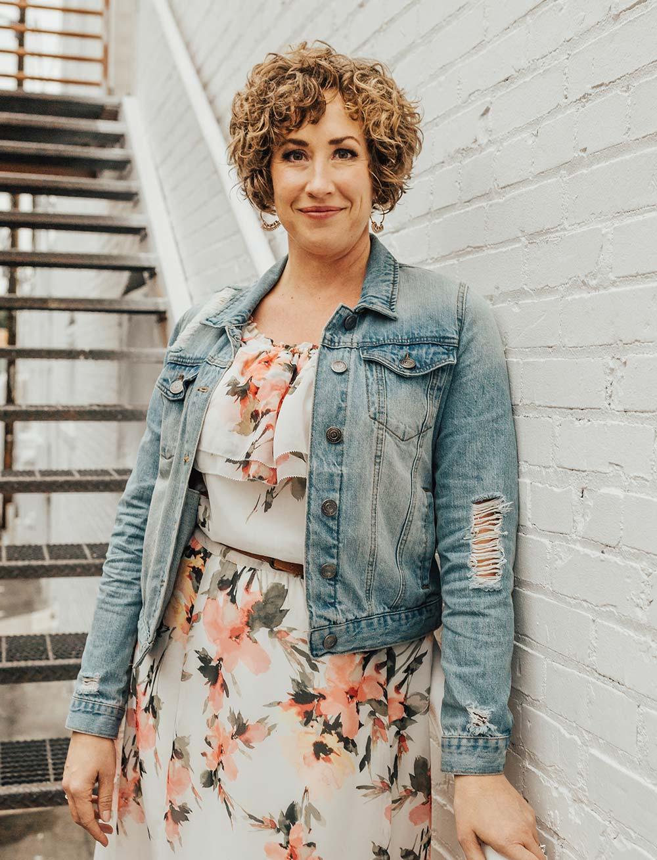 Lisa Kuzman - yours truly