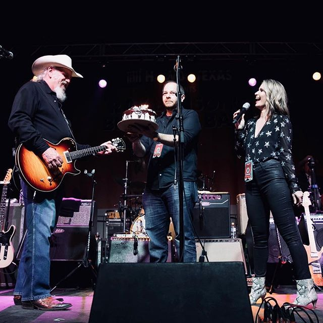Surrounded by moving boxes on this Friday night, but I'm thinking about this cool moment, getting to sing Happy Birthday to Ray Benson @asleepatthewheel1970 and help raise money for @myhaam during SXSW 📷: @benporterphotography