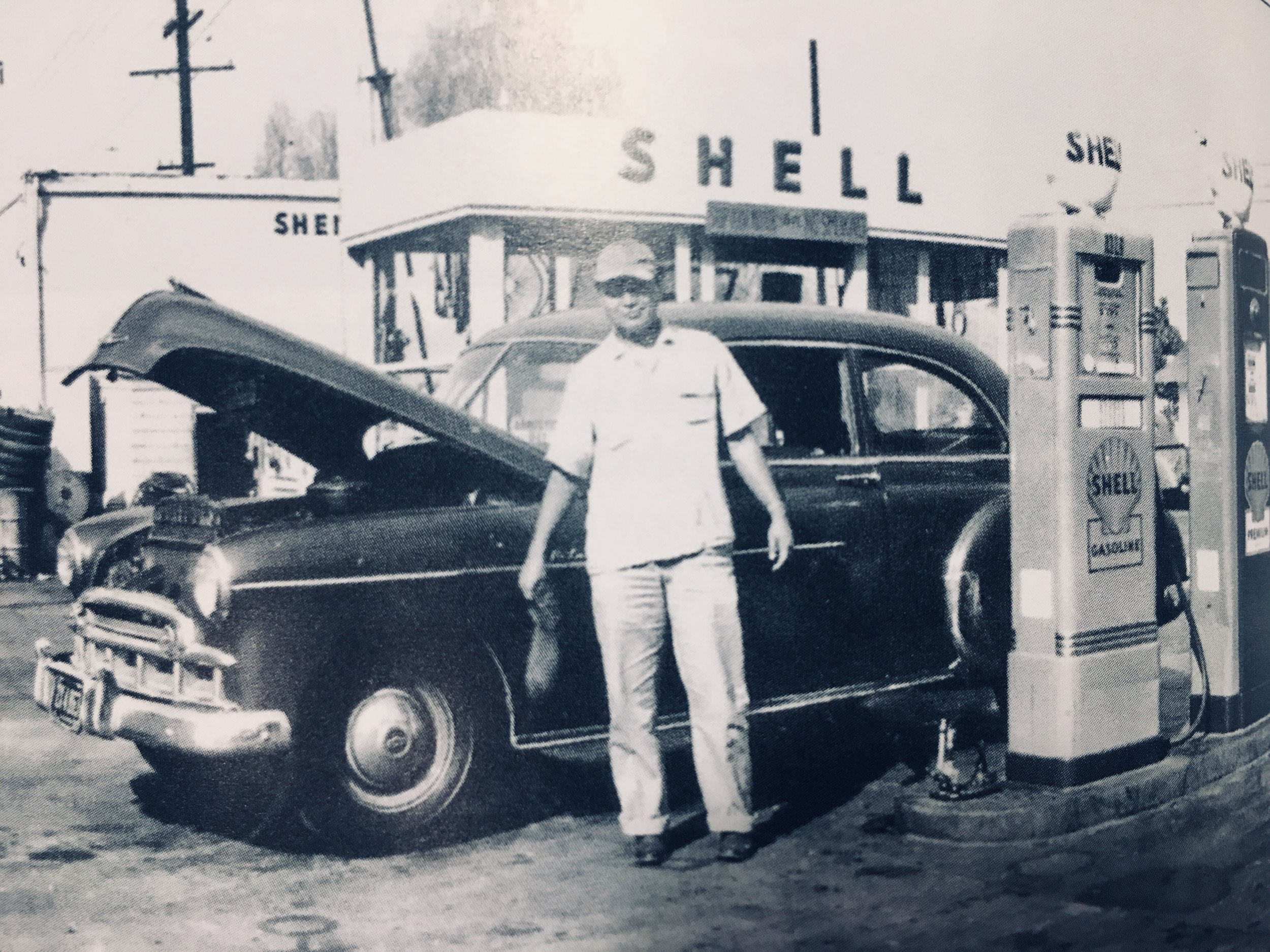 Bob's Shell Service was at the center of Japantown's Sawtelle.