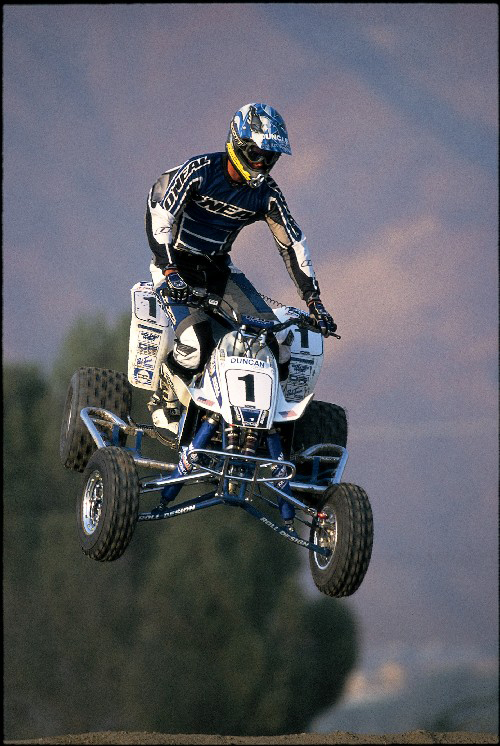 tavis cain2000 gnc amt national champion.jpg