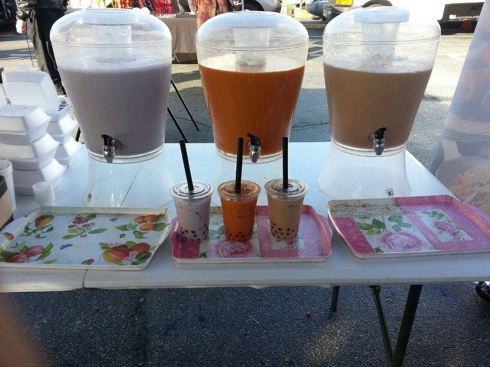 That Tea, Milk Tea, and Taro Milk at the swapmeet.