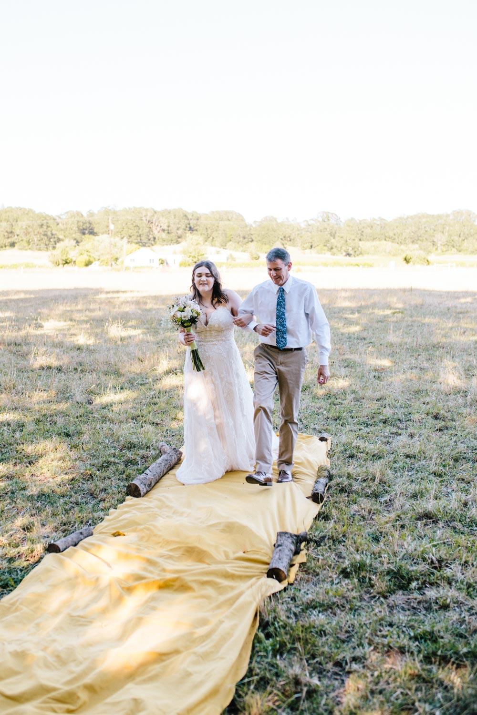 summer+oregon+wedding+openfield+farm-23.jpg