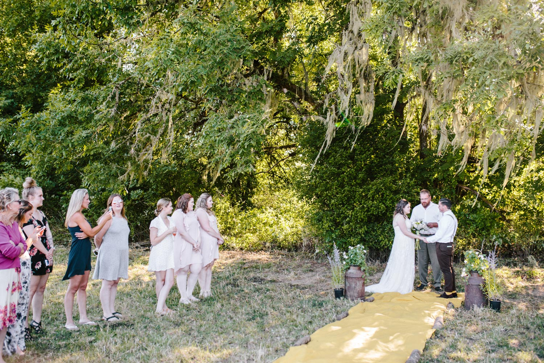 summer+oregon+wedding+openfield+farm-28.jpg