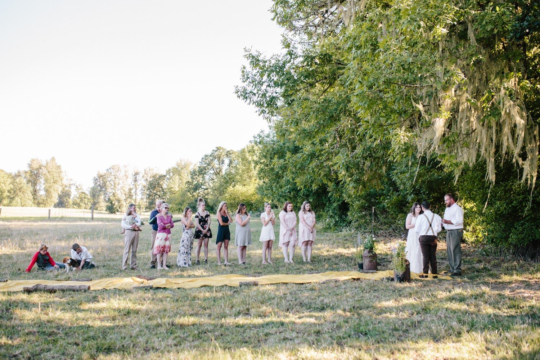 summer+oregon+wedding+openfield+farm-36.jpg