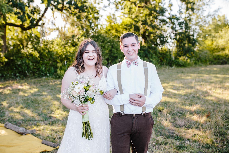 summer+oregon+wedding+openfield+farm-51.jpg